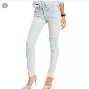 🚫3 for $45🚫Levi's 711 Beach Fossil patch  jeans
